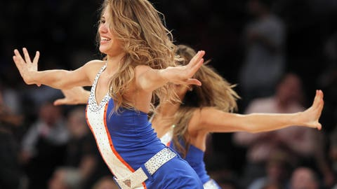 Knicks Dancers