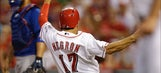 Negron's little hustle is big difference in Reds' win