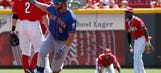 Mets knock off sloppy Reds, 4-3