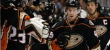 Ducks win 7th straight, 4-1 over Blue Jackets