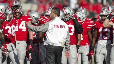 Meyer gives last minute instructions