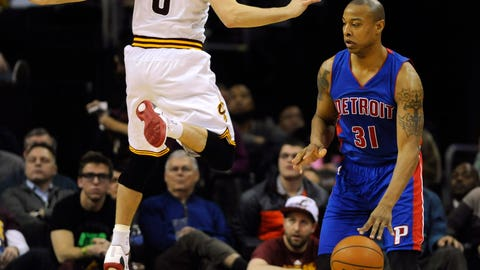 One Delly-a-leaping