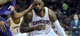 LeBron James ties Cavs' career assists record in win over Suns