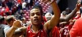 Cincinnati solidifies American 3 seed; beats Memphis 77-65