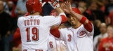 Votto goes deep in 9-6 loss to Giants