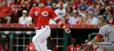 Reds leave bases loaded in the ninth, fall to Nats 10-9