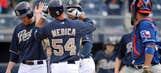 Medica hits 3-run home run, Rangers beat Padres 8-4