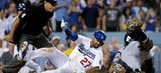 Padres come up short in 9th against Dodgers
