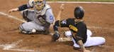 Padres swept by Pirates, lose 5th in a row