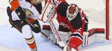 Taylor Hall scores twice in home debut as Devils top Ducks