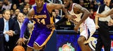 Hawks pull away in third to top cold Kobe, Lakers