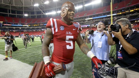 Outland (Top Interior Lineman): Robert Nkemdiche, Ole Miss