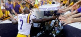 Fournette posts tribute to Syracuse legends ahead of LSU's game vs. Orange