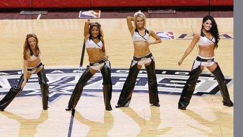 Spurs Silver Dancers