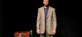 Spurs' Bonner performs Andy Kaufman's famous sketch