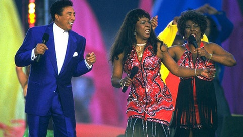 Boyz II Men, Smokey Robinson, Martha Reeves, The Temptations, Queen Latifah