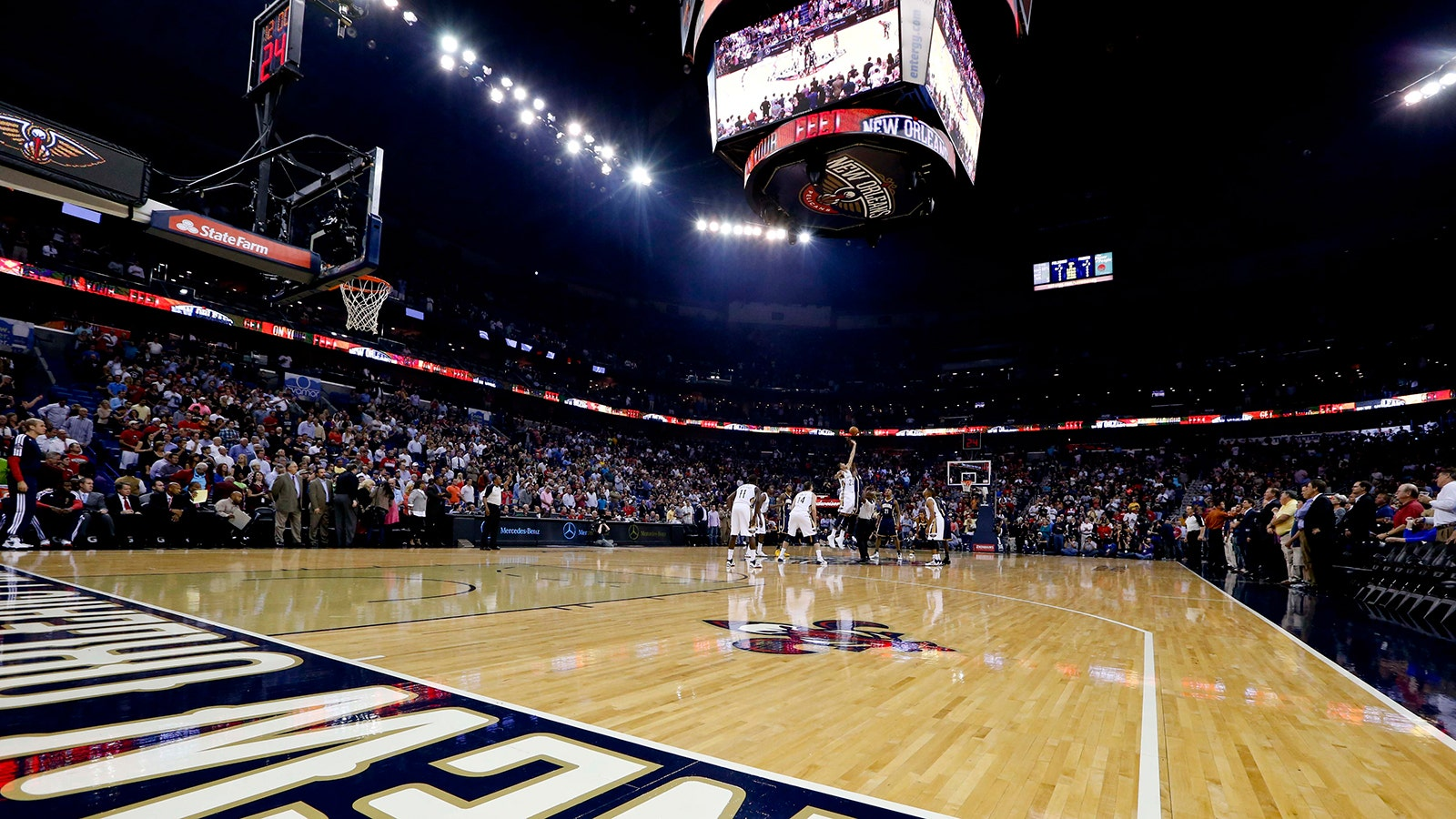 Pelicans Arena To Be Renamed Smoothie King Center Fox Sports