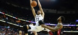 Davis leads Pelicans over struggling Heat