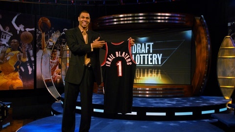 Portland wins lottery and picks a bust- 2007