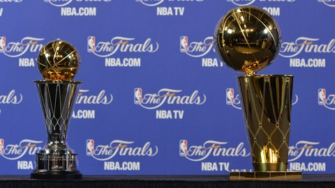 Larry O'Brien Championship Trophy & Bill Russell NBA Finals Most Valuable Player Award