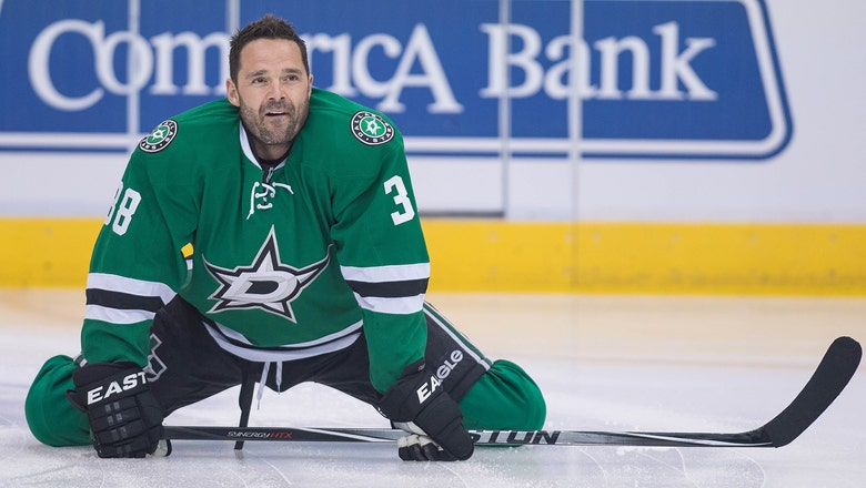 WATCH: Vernon Fiddler thanks Stars fans after announcing retirement