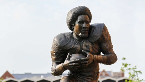 Oklahoma RB Billy Sims, 1978 winner