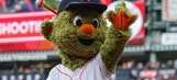Astros mascot trolls Rangers' Arencibia during game
