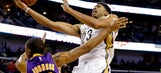 Davis powers Pelicans past Lakers