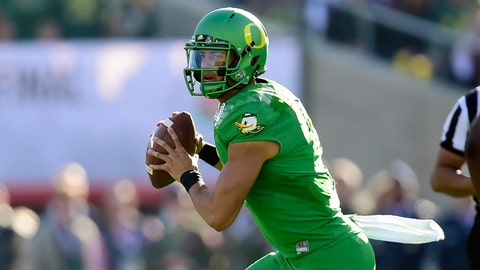 Marcus Mariota | 2011 | 3-star QB| Oregon