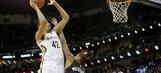 Ajinca lifts Pelicans past Heat