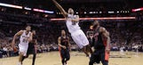 Spurs beat Raptors for sixth straight victory