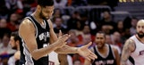 Tim Duncan gets his groove on during Spurs' win