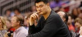 30 Reminders Yao Ming is Tall