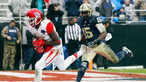 2015 Armed Forces Bowl: Houston, 35, Pittsburgh 34