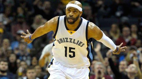 Memphis Grizzlies - Vince Carter, Age: 38
