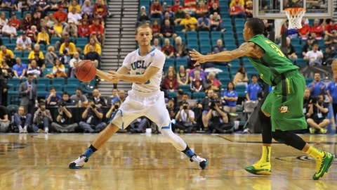 Gallery: UCLA routs Oregon in Pac-12 quarterfinal