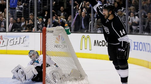 First round, Game 4: Kings 6, Sharks 3
