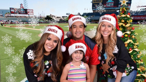 FOX Sports West Girls takeover of the #Halfway2Christmas Cards @ The Big A