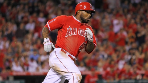 Mariners Top Angels in 12th