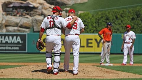 Gallery: Astros top Angels
