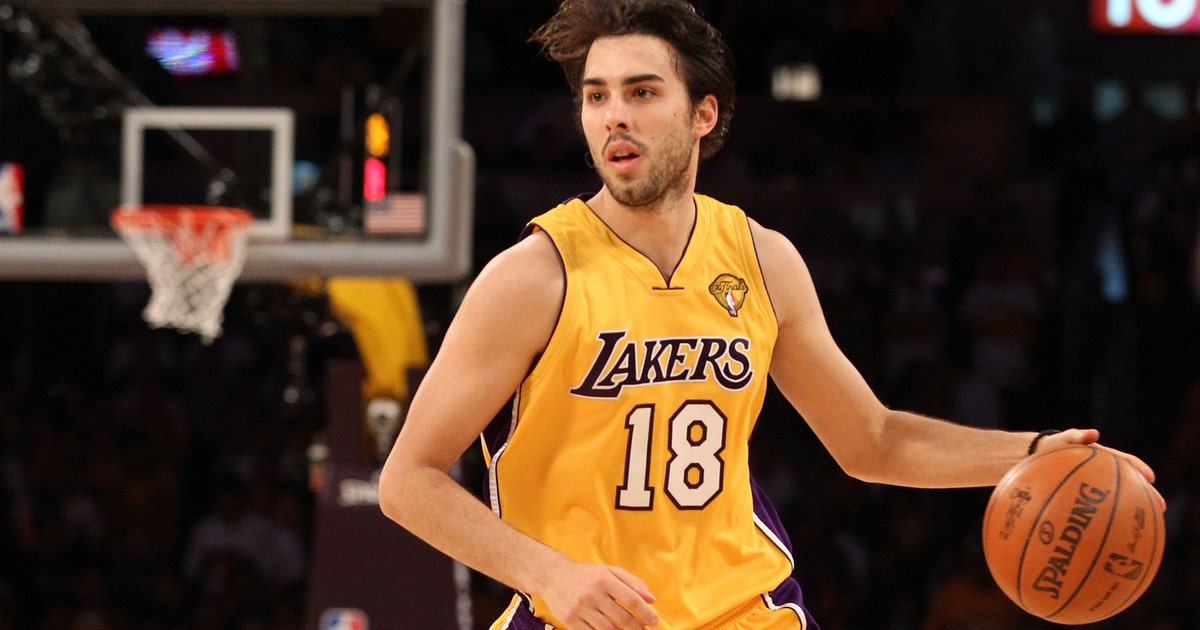 8bcbba724 Sasha Vujacic got asked about recruiting Kobe Bryant to Knicks