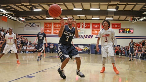 Gallery: Loyola too much for Chaminade