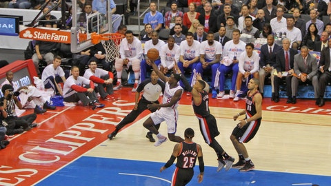 Gallery: Clippers edge Blazers