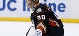 With Bryzgalov's future uncertain, Ducks turn to veteran LaBarbera as third goalie