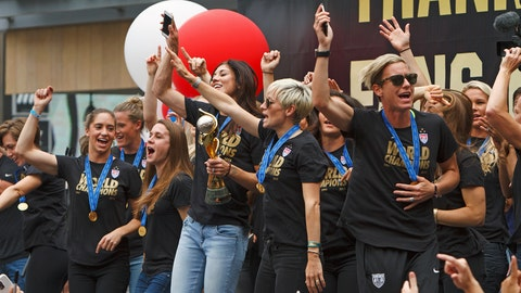 Gallery: USWNT celebrates with fans at L.A. Live