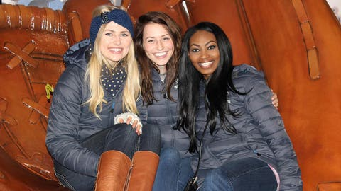 Chyna, Sage & Bishara are all smiles at the Brewers 2014 home opener.