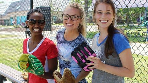 Bishara, Chyna & Sage are ready to play ball!