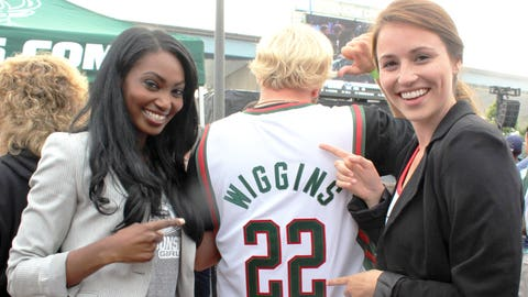 We know who this Bucks fan wanted to see in Milwaukee. Think he'll change the jersey to Parker?