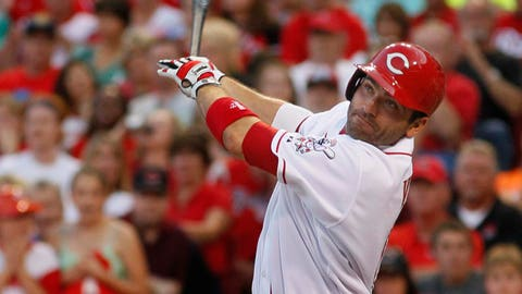 Three things to watch: Votto's health
