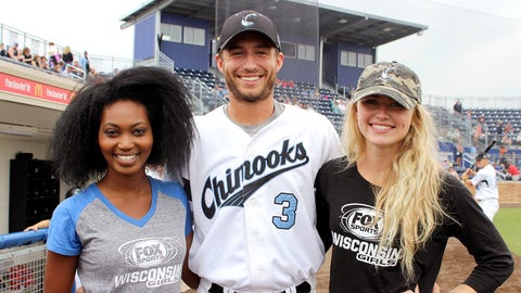 The FOX Sports Wisconsin Girls threw out a ceremonial 1st pitch to Chinooks' pitcher Jake Pavlovich.